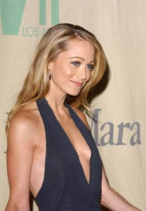 hot christine taylor sideboobs